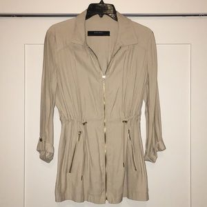 Gently worn tope cargo jacket
